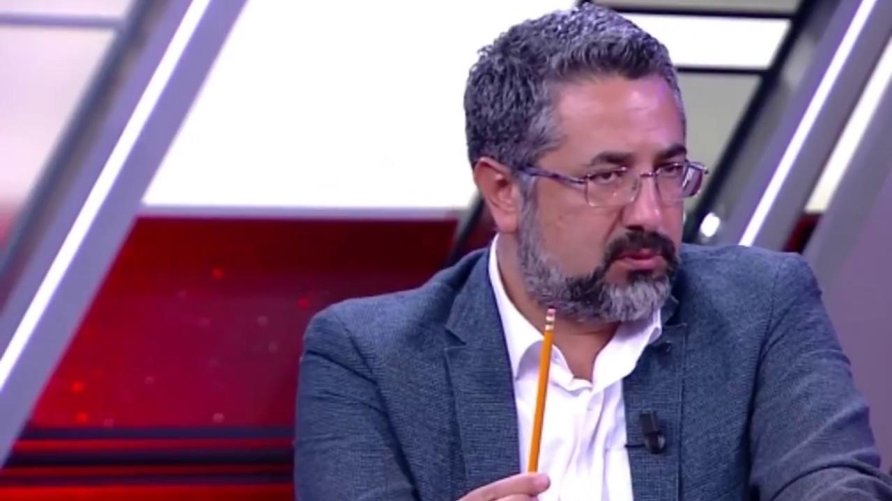 Serdar Ali Çelikler: Uçakta yobazın biri önündeki çifte 'Öpüşmeyin, edepli olun' dedi
