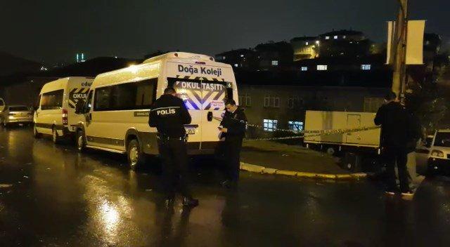 İstanbul'da okul servisine silahlı saldırı: Yaralılar var