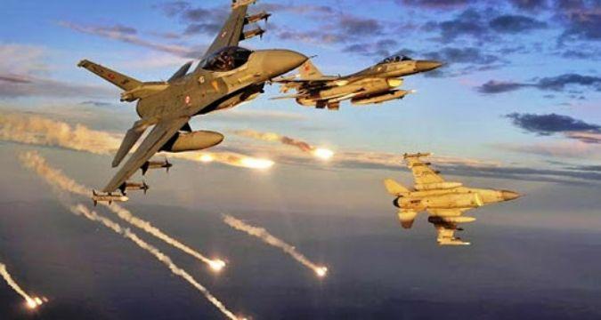 Rus uçakları IŞİD'i vurdu: Tüm belirlenen hedefler yok edildi