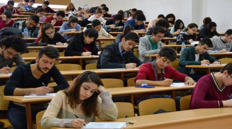 Din öğretmeninden başvuru: YKS'de din dersi sorusu az, ilgisizlik oluşuyor