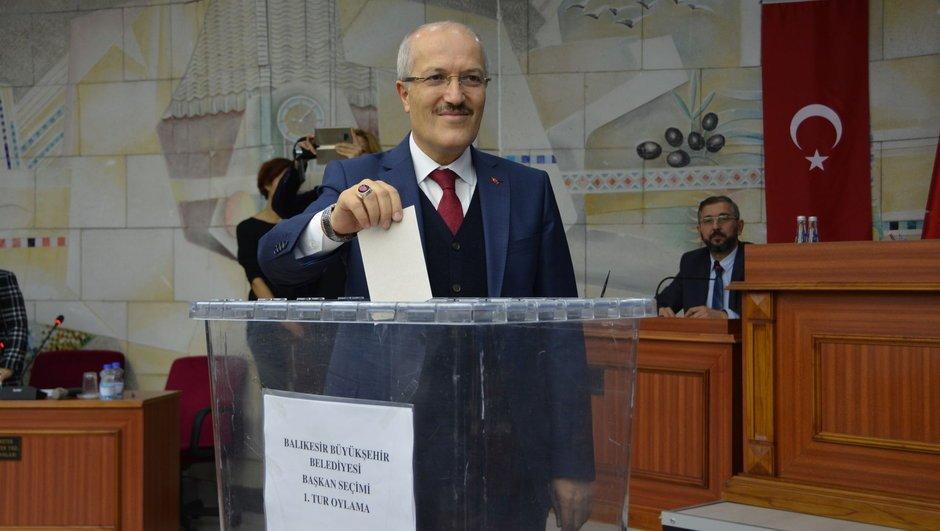 AKP-MHP ittifakı ilk meyvesini verdi