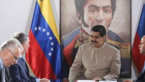 ABD'nin ekonomik yaptırım kararına karşın Venezuela ve Rusya arasında enerji alanında yakınlaşma sürüyor