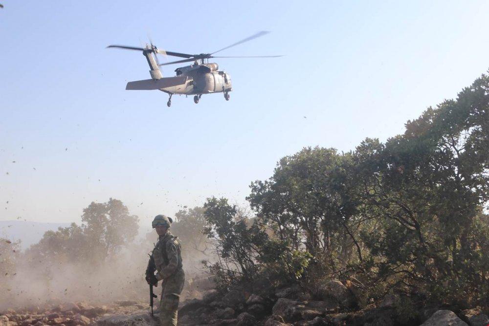 Askeri üs bölgesine saldırı: Yaralılar var