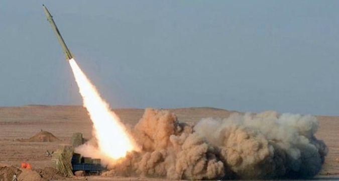 Yemen Suudi garnizonunu vurdu