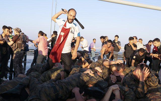 CHP tartışmalı KHK için AİHM'e gidiyor