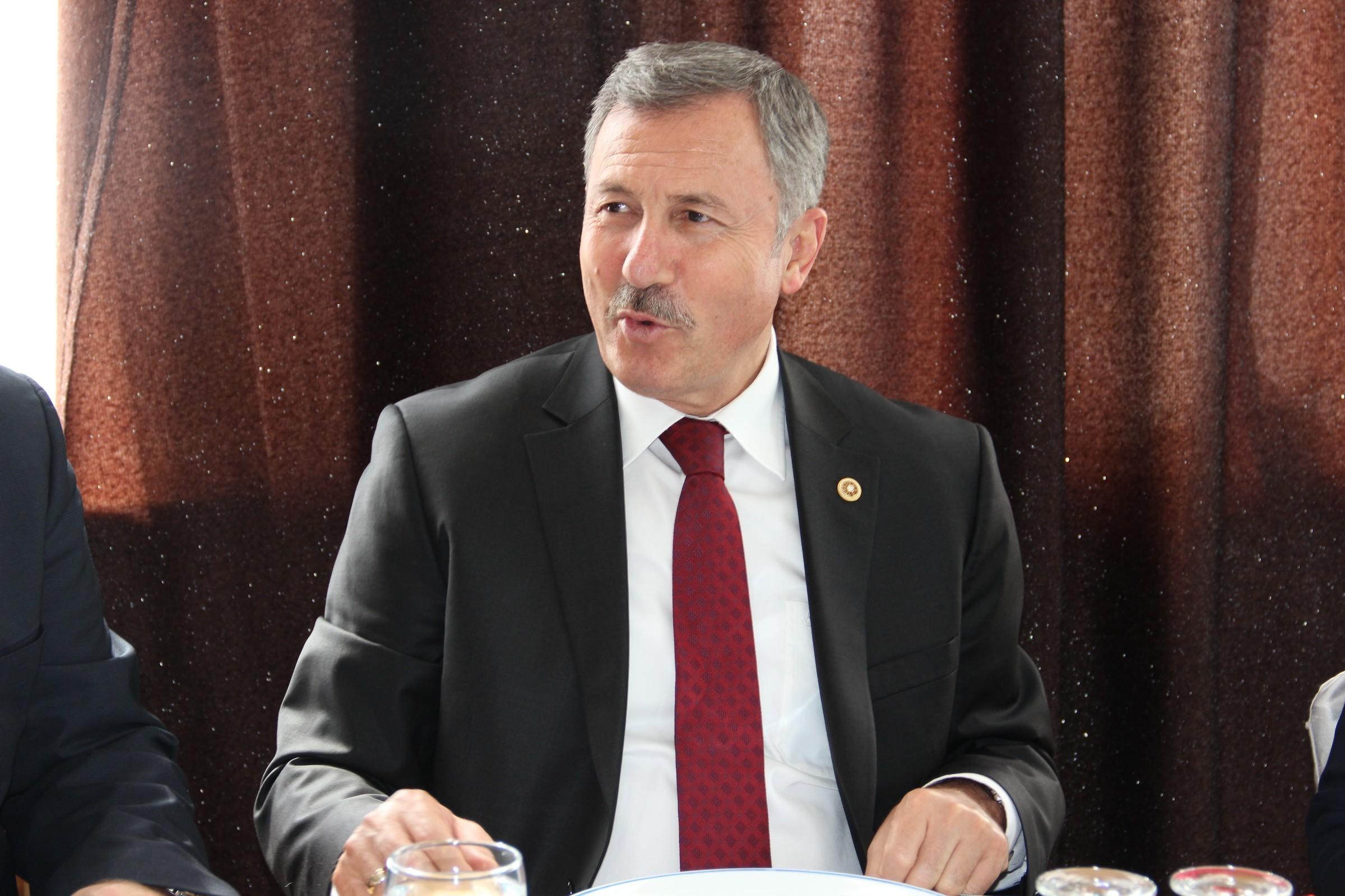 AKP'li vekil haddini aştı: Deniz Gezmiş teröristtir