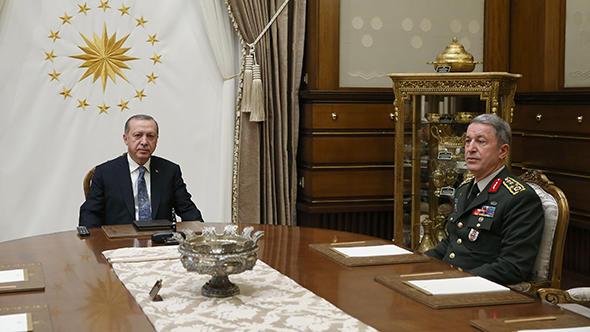 Erdoğan Hulusi Akar ile görüştü