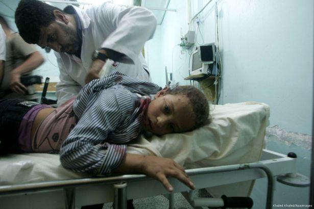Kuşatma altındaki Gazze'de hastalara yemek yok!