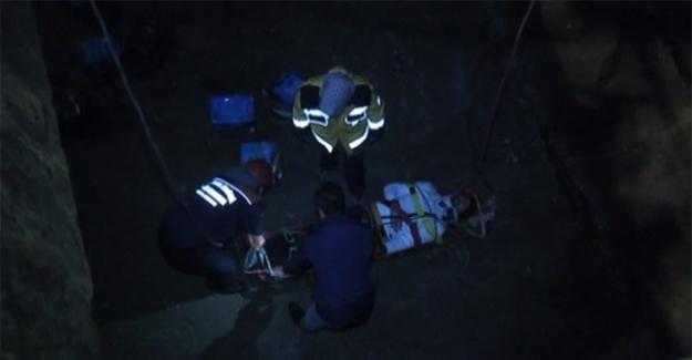 Kartal'da gemi mürettebatı 8 metre yükseklikten ambara düştü