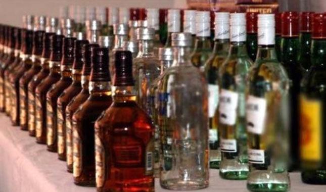 Sahte içkiden ölenlerin cenazesinde aynı sahte içki dağıtıldı: 12 ölü