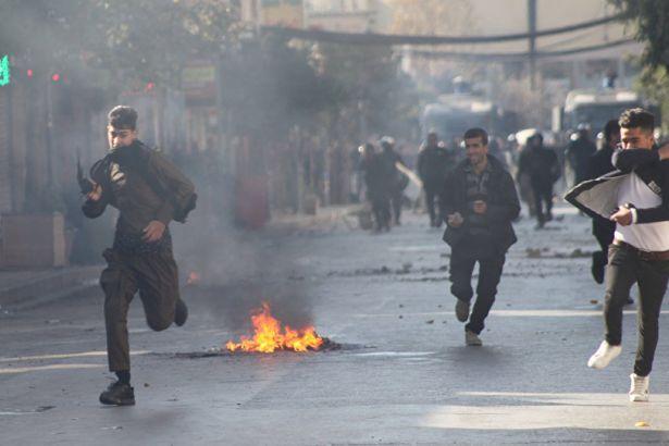 IKBY'de protestolar sürüyor: 5 ölü, 93 yaralı