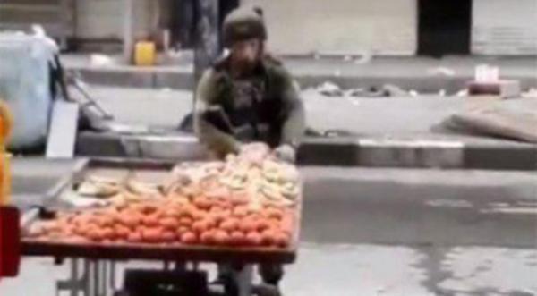 Filistinli satıcının elmalarını çalan İsrailli komutan açığa alındı