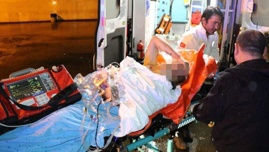 Gazinoda çalışan trans bireyi vurarak acil servis önüne atıp kaçtılar