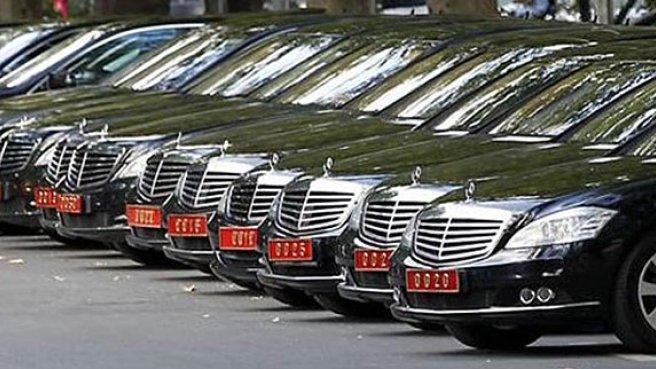 AKP bir yılda tam 13.558 adet araç kiraladı