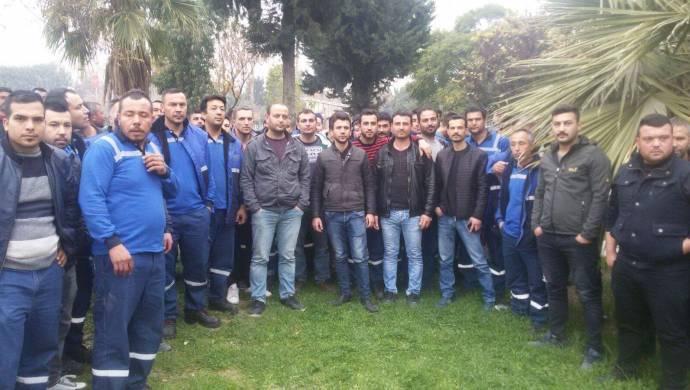 Mersin Limanı'nda patron, işten attığı işçilerle dayanışan 130 işçiyi de kapı önüne koydu!