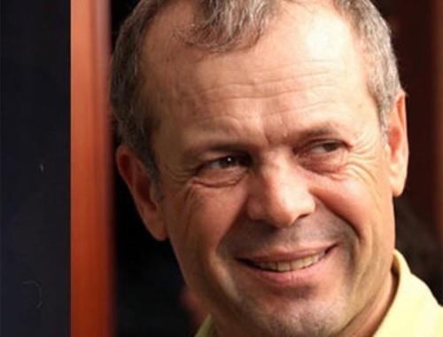 Yönetmen Kemal Uzun bıçaklanarak öldürüldü