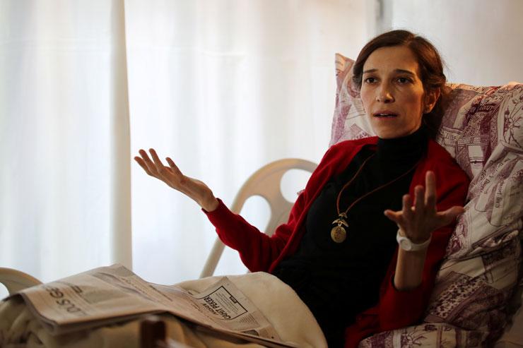 Nuriye Gülmen'e'teşekkür' mesajından dolayı 6 yıl hapis cezası