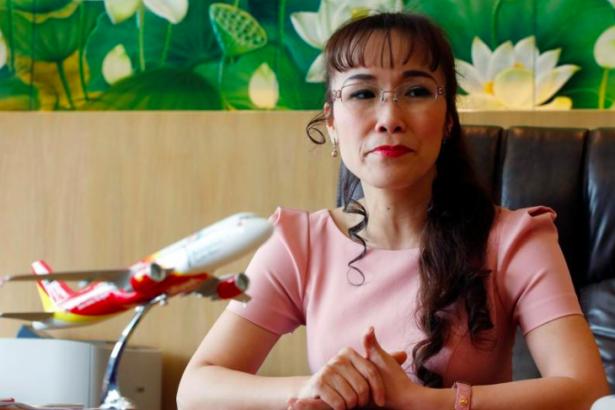 Vietnamlı havayolu şirketinin cinsiyetçi takvimi büyük tepki çekti