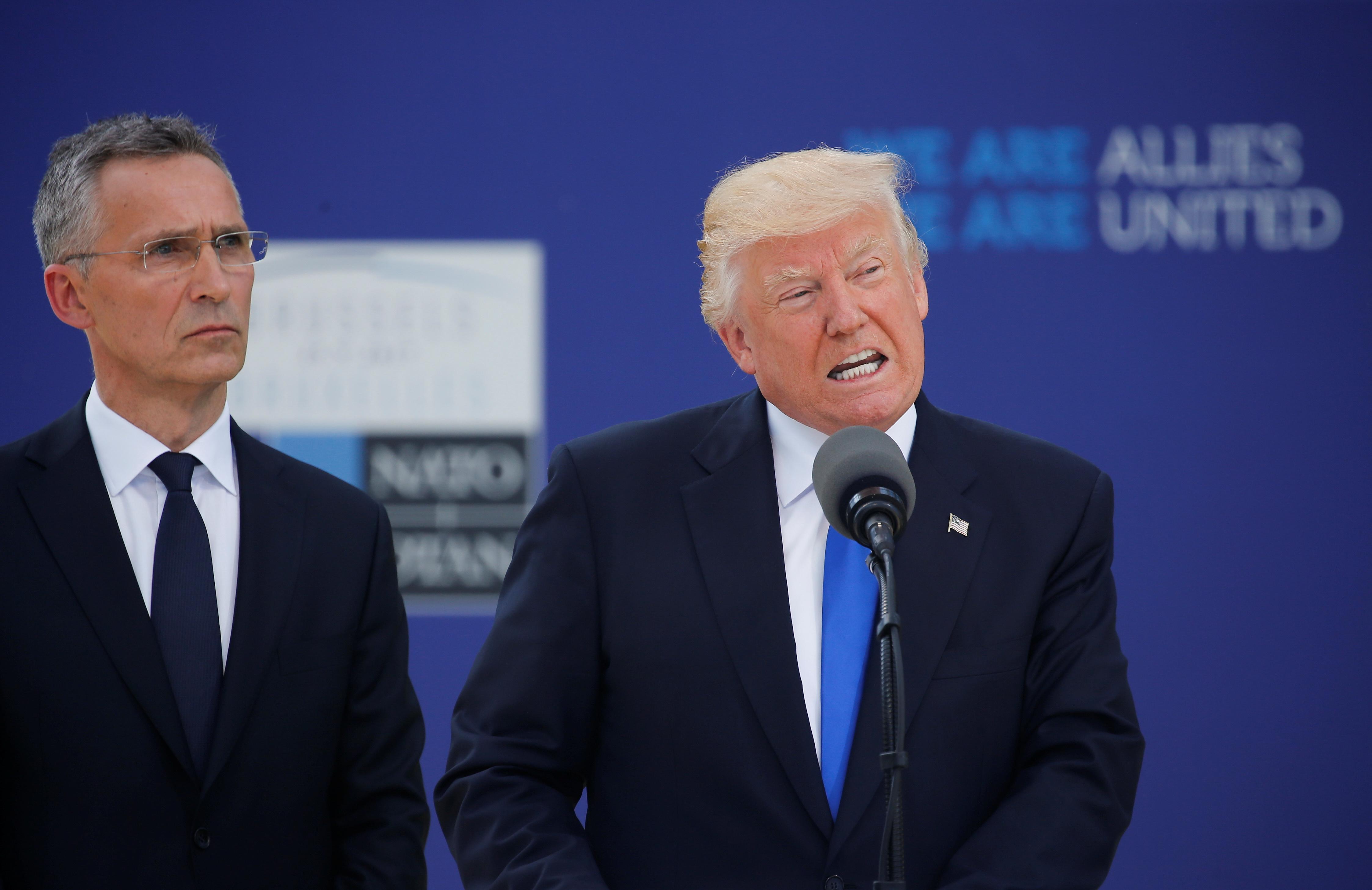 Trump'tan NATO üyesi ülkelere: Aidat ödemeyenleri Rusya'ya karşı korumayacağız
