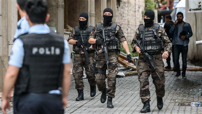 İstanbul'un iki yakasında IŞİD operasyonu: 42 gözaltı var