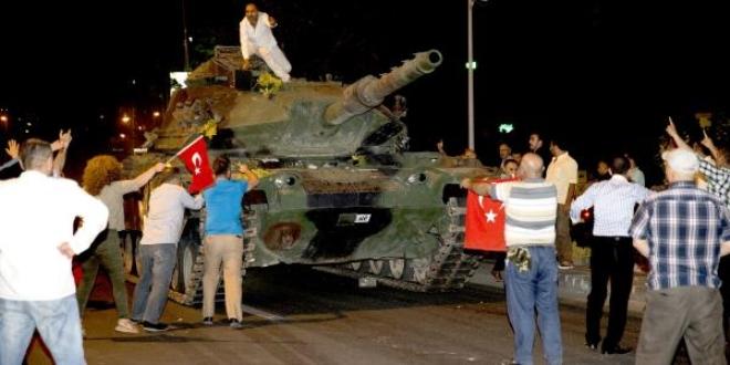 AKP'yi eleştiren'gazi'ye madalya yok: Takdir yetkisi bizde, takdir ettiğimize veririz