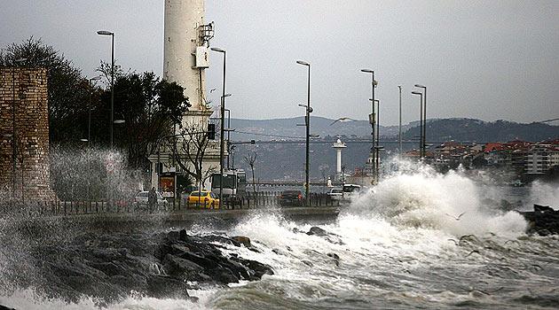 Meteoroloji'den 9 kuvvetinde fırtına uyarısı