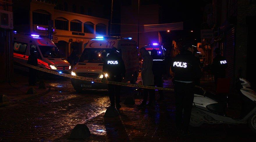 Beyoğlu'nda pidecide oturan müşterilere ateş açıldı: Yaralılar var