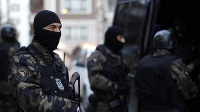 'MİT ve EYP ajanları birbirine silah çekti'