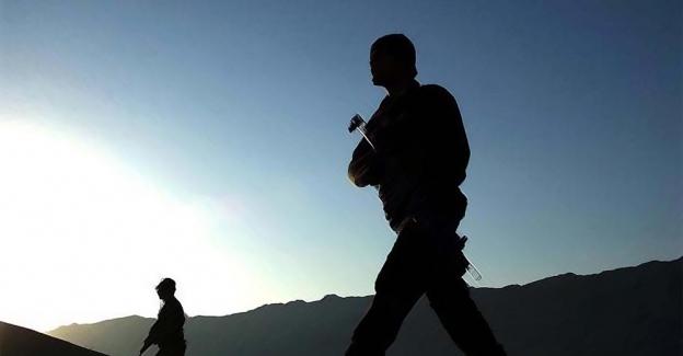 Kuzey Irak'ta 2 asker hayatını kaybetti