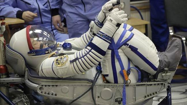 Japon astronot özür diledi