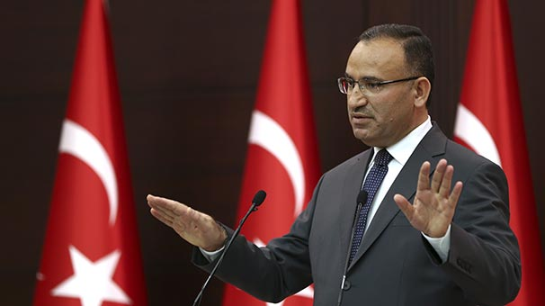 AKP'den Anayasa Mahkemesi'ne: Sınırınızı aştınız