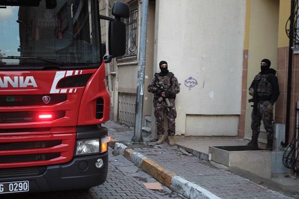 Beyoğlu ve Şişli'de eş zamanlı uyuşturucu operasyonu