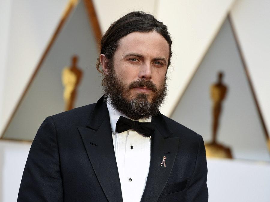 Tacizle suçlanan Casey Affleck Oscar töreninden çekildi