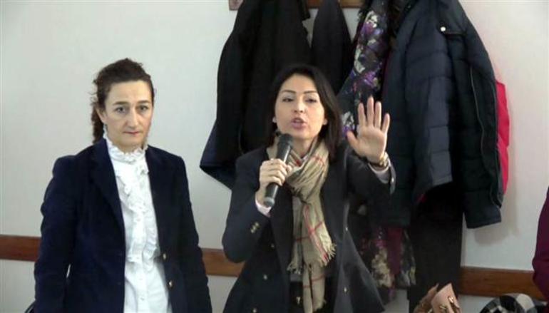 Köylüleri azarlayan bakanlık görevlisi açığa alındı