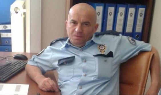 Polis memuru kendisini başından vurup hayatına son verdi