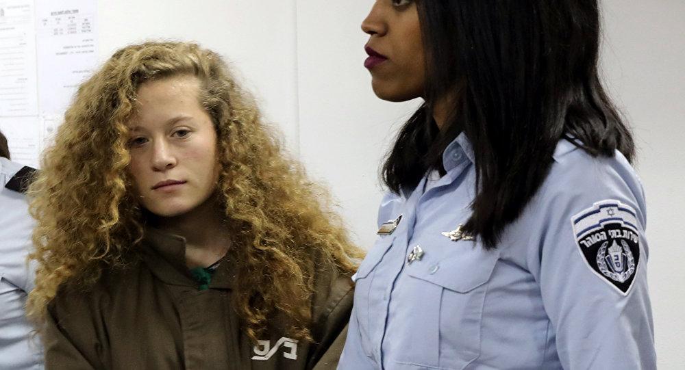 Filistin'in cesur kızının gözaltı süresi üçüncü kez uzatıldı