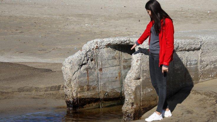 Kleopatra Plajı'nı fuel-oil bastı!