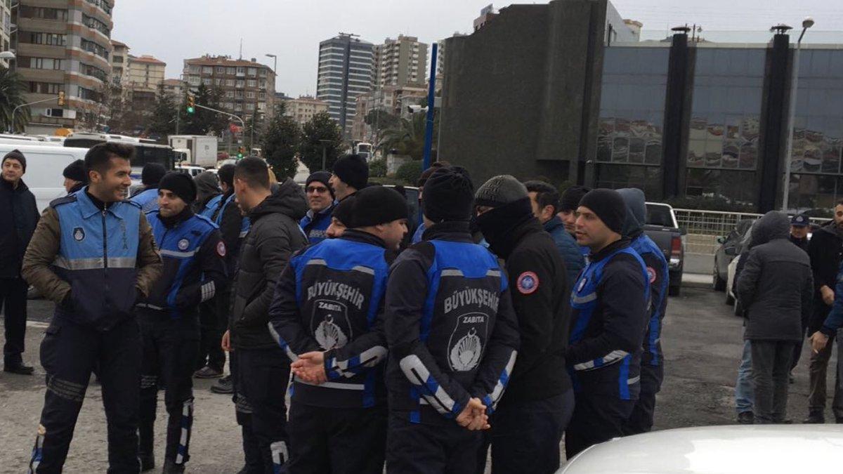 İBB Kadıköy Belediyesi'nin otoparkına el koydu