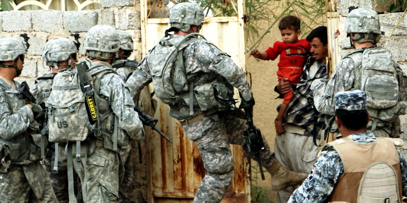 ABD Irak'taki asker sayısını azaltıyor