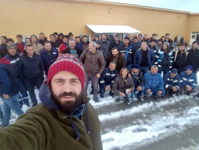 Cerattepe ve Murgul'da hakları verilmeyen maden işçileri üretimi durdurdu