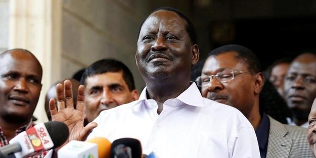 Kenya'da muhalefet lideri kendini başkan ilan etti