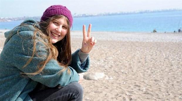 Rakka'da ölen'kırmızı fularlı kız'a 55 ay hapis cezası