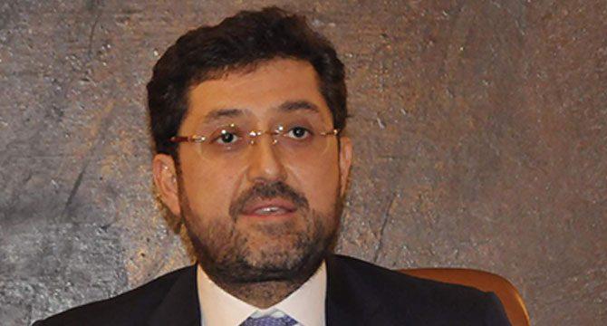Murat Hazinedar'ın kız kardeşi de görevden uzaklaştırıldı