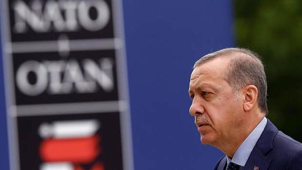 Almanya'da 'Türkiye NATO'dan çıkarılsın' sesleri