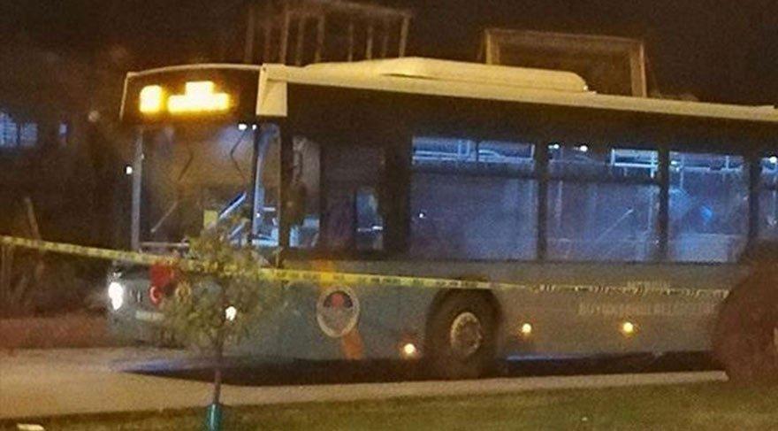 Seyir halindeki belediye otobüsüne molotoflu saldırı