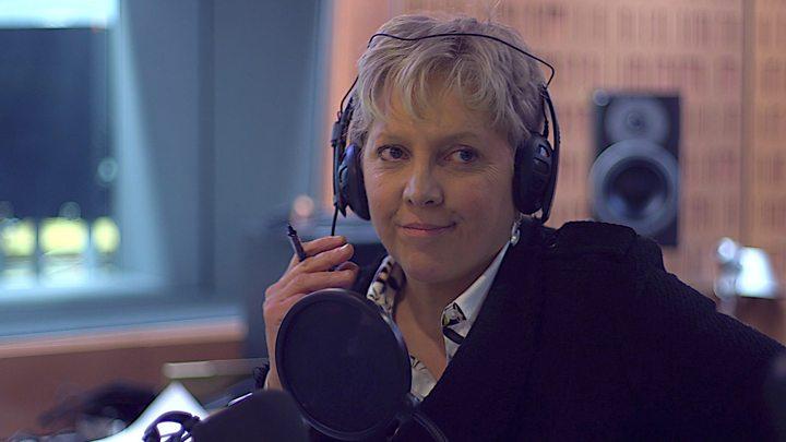BBC'nin editörü kurumunu 'maaş eşitsizliği' sebebiyle suçlayarak istifa etti