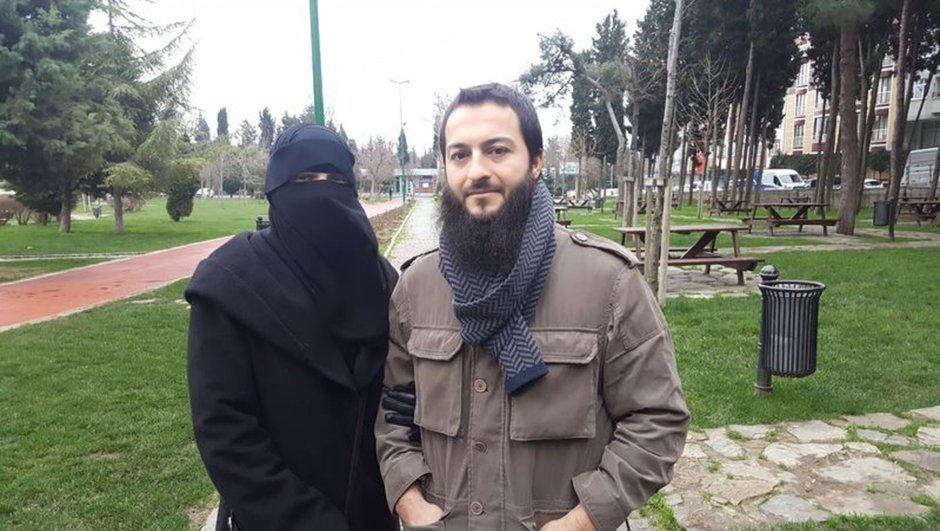 Yer İstanbul: Peçeli eşinin yüzünü açmasını isteyen polislerle kavga etti
