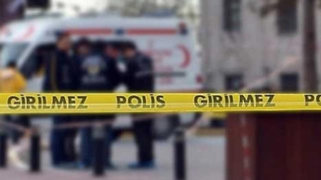 İstanbul'da iki grup arasında 'yan bakma' kavgası