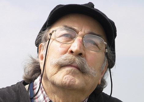 Yazar Yılmaz Onay yaşamını yitirdi