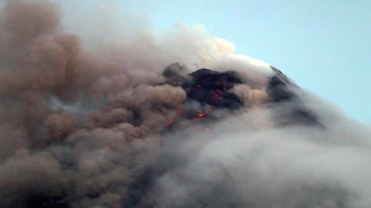 İki yanardağ uyandı!